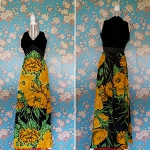 70s VTG Velvet/Polyester Maxi Dress- size 4/6